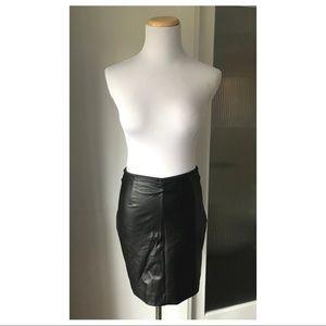 Aritzia Talula pleather skirt